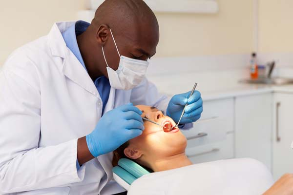 Know What To Expect With Your Dentist In Portsmouth